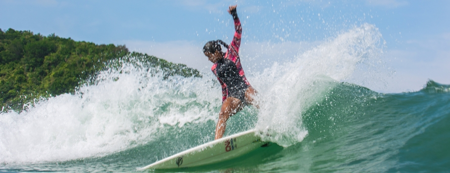 Santista Julia Santos vence campeonato Seaflowers Digital