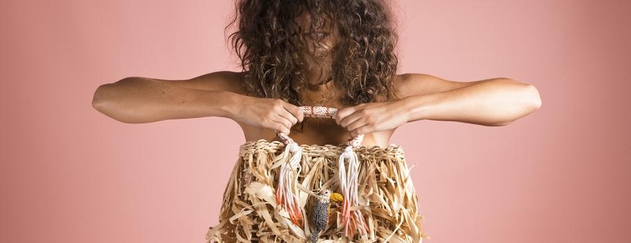 Nannacay lança bolsa feita por grupo de artesãs paranaenses